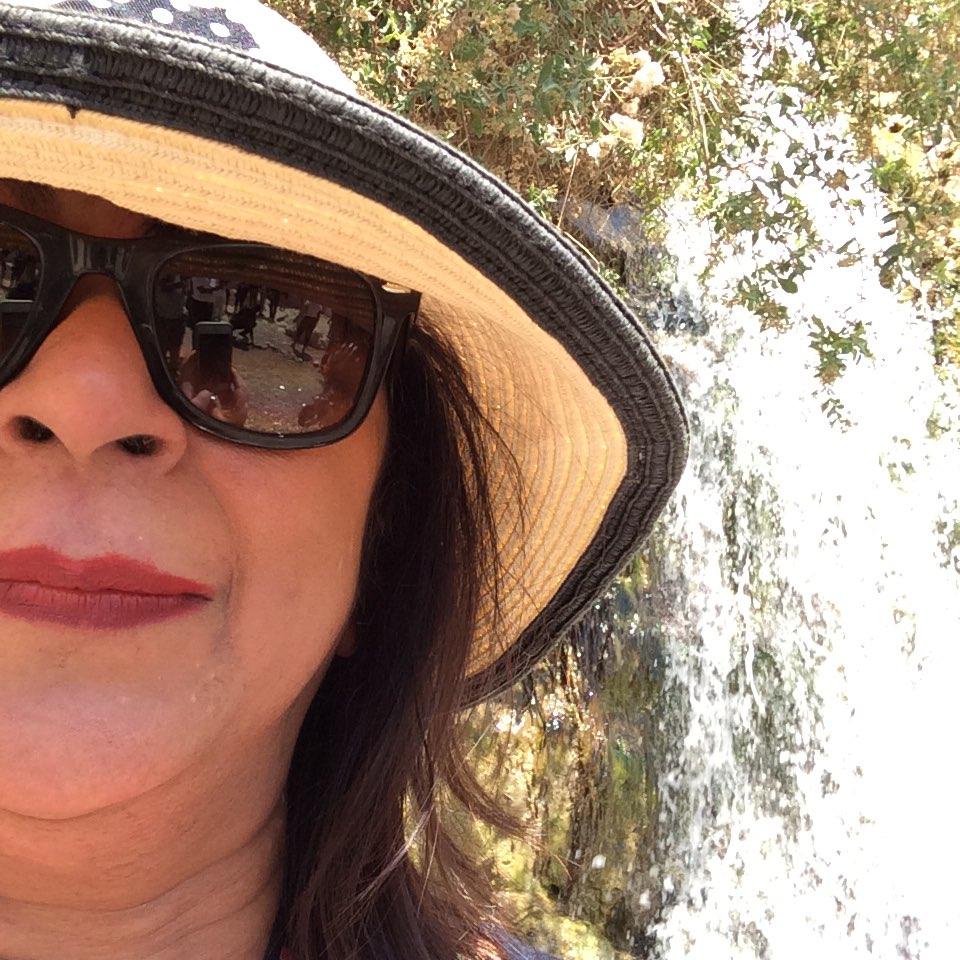 Dr Viba Ellis avatar picture