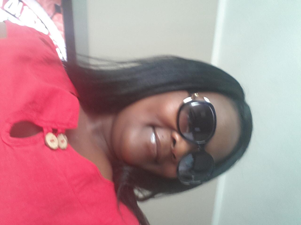 Str Siphatisiwe Dzapasi avatar picture