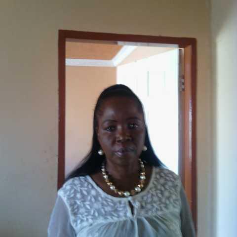 Lindi Ngubeni avatar picture